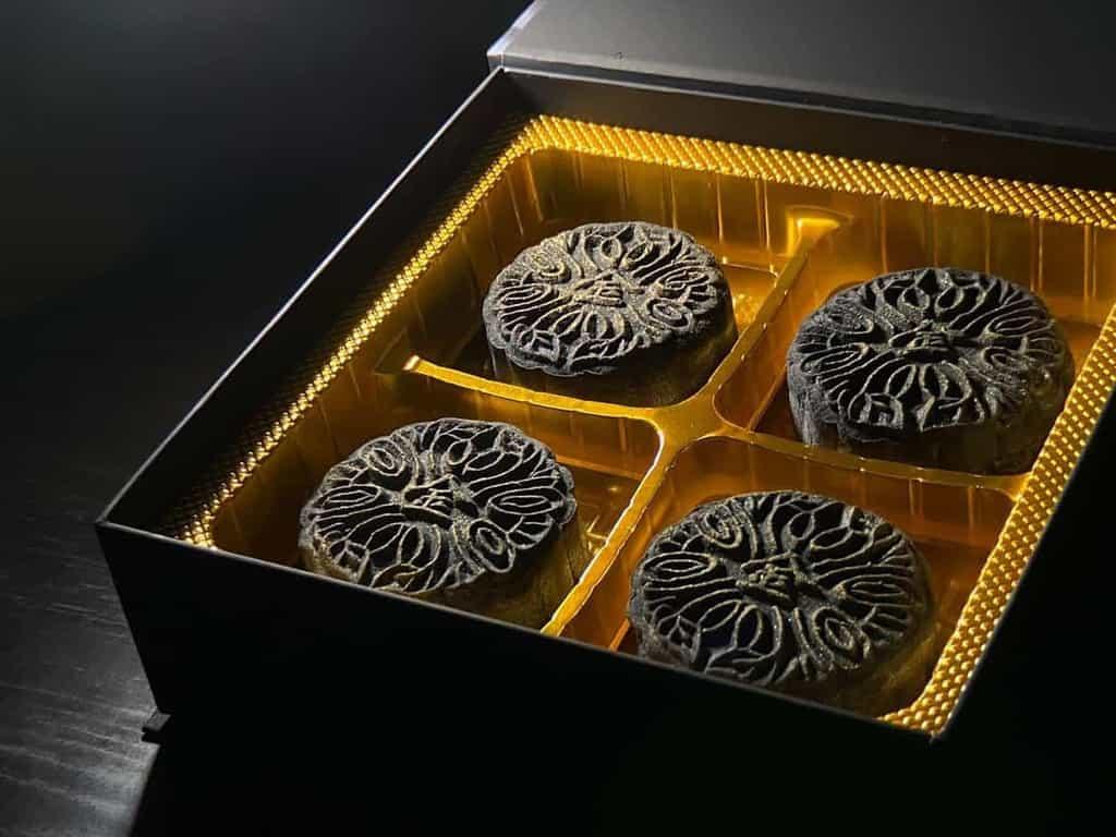 golden moments durain snowskin mooncake box of four