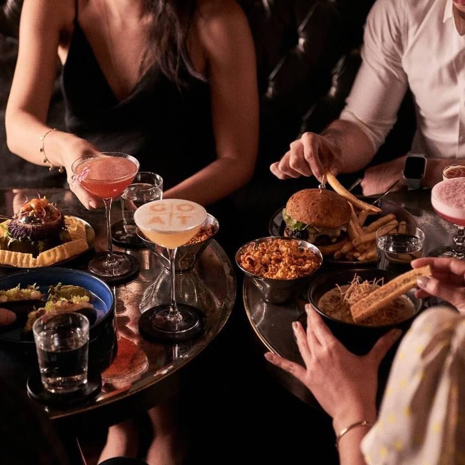 best cocktail bars in singapore_manhatten bar