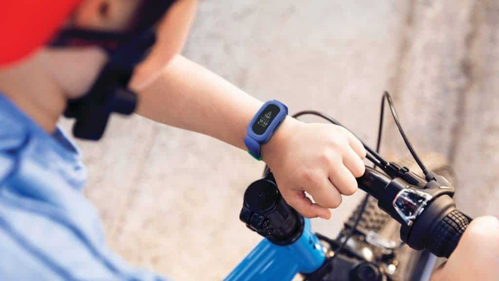 best fitness tracker in singapore_fitbit ace 3
